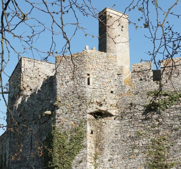 Chateau de PIROU 36 Balades en France - Guy Peinturier